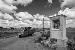 Salento (so - (Alternating Current)) Tags: strade 2013 totalphotoshop mamilosa micheledefilippo