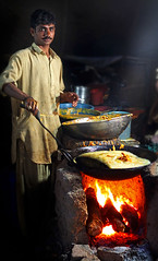 Hot Pakoras (AbdulRehman) Tags: pakistan punjab lahore multan rurallife cholistan channanpeer canon7d channanpir