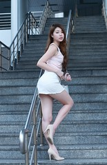 DP1U2125 (c0466art) Tags: sweet uth taiwan showgirl  pretty face good figure sexy cloth long leg pose action charming attractive outdoor portrait light canon 1dx c0466art