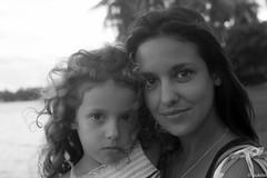 Mom & daughter :) (pukilin) Tags: nikond3100 35mm bw bn portrait retrato madreehija summer miami vm