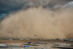 Dust-Storm-Phoenix-Sky-Harbor-Plane-Approach 0001 (Chris Frailey) Tags: monsoon duststorm haboob weather arizona arizonamonsoon airplane phoenixskyharbor dust sandstorm