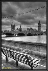 London - Watching a Brother Leave (mariogdb) Tags: london londres river rio bigben clock reloj blanconegro blackwhite blackandwhite monochrome monocromo hdr parlamento
