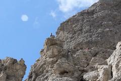 Rocciatori, Sassolungo. Dolomiti (Giorgio Pongiluppi) Tags: sassolungo dolomiti alpi montagna