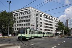 Frisgroen (Maurits van den Toorn) Tags: tram strassenbahn stadtbahn streetcar villamos elctrico lightrail metro swb bonn keulen kln cologne barbarossaplatz duewag linie16
