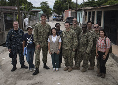 SPS-16 Group photo (U.S. Naval Forces Southern Command/U.S. 4th Fleet) Tags: navy us medical torreylee mc1torreylee honduras officer doctor zika lab health preventativemedicine us4thfleet sps16 sps southernpartnershipstation southernpartnershipstation2016 monteverde choloma sanpedrosula hon