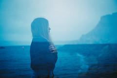 Savez vous ce qui transforme la nuit en lumire ? (Louis Dazy) Tags: 35mm analog film grain double exposure sea ocean blue girl wild nature