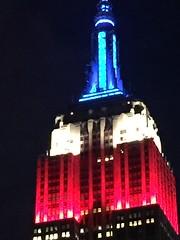 IMG_0481 (gundust) Tags: nyc ny usa september 2016 newyork newyorkcity manhattan architecture esb empirestatebuilding skyscraper september11th 911 tributeinlight xeon twintowers memorial remembrance night