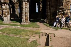 kist q (pamelaadam) Tags: whitby geo:lat=54488316 geo:lon=0607798 engerlandshire whitbyabbey building abbey kirk faith spirituality people lurkation august summer 2016 holiday2016 digital fotolog thebiggestgroup