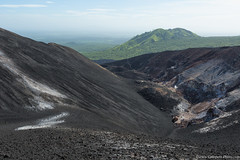 20. Cerro Negro we are back, Nicaragua-12.jpg (gaillard.galopere) Tags: 2016 5d 5dmkiii apn america amrique canon compositionettypedephoto continentsetpays couleur ef eos extrieur mkiii ni nic nicaragua travel volcan ameriquecentrale anne ash black canonphotography cendres cerronegro color colorful green negro noir obscur out outside verde vert volcanes volcano