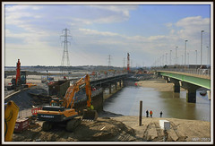 Loughor Bridge Update (Ian Peacock - Taking time out) Tags: swansea railwaybridge loughor