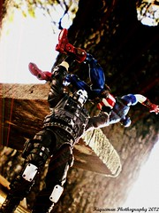 Crossbones vs Captain America (THE AMAZING KIKEMAN) Tags: man black america comics movie scott toy james spider amazing iron action bruce steve banner spiderman andrew cyclops tony lizard scorpion peter xmen captain figure legends carnage barton hawkeye clint rogers curt hulk logan biz thor marvel stark universe widow natasha garfield rhys parker crossbones avengers wolverine connors select 2012 hasbro summers the romanoff howlett ifans phothography