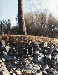 Min (hanChals) Tags: light gardens garden nikon rocks stitch natural image g edward f18 18 edwards 85 brenizer 18g d700