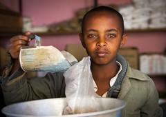 Boy from Mendefara market, Eritrea (Eric Lafforgue) Tags: poverty africa man kid blood eyes market eritrea biy eritreo erytrea eritreia  ertra    eritre eritreja eritria  rythre     eritre eritrja  eritreya  erythraa erytreja     ert5664