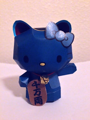 Hello Kitty Lucky Cat Maneki-Neko in Blue (My Melo) Tags: hellokitty sanrio manekineko papercraft luckycat