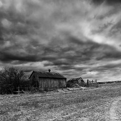 Derelict Outbuildings (Martin Mattocks (mjm383)) Tags: roof sky blackandwhite building overgrown field clouds fence mono gate derelict stuble canoneos5dmarkii distagon2128ze cornwalllandscapes mjm383 martinmattocksphotography