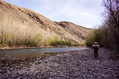 Riverbank walking (tomsbiketrip.com) Tags: persian spring iran persia    iranpersiapersianspring