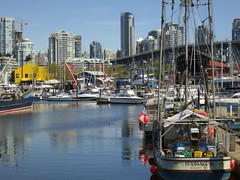 city sunshine vancouver port boat dock colours harbour falsecreek granvilleisland fishingboat granvillebridge fishermenswharf sundanceii