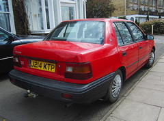 1992 HYUNDAI X2 PONY LS (Yugo Lada) Tags: old red london cars car photo nice very surrey pony vehicle parked 1992 hyundai rare ls x2 j214ktp