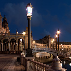 Andalusian blue hour (Michel Couprie) Tags: bridge architecture night canon river eos sevilla spain arch streetlamp arcade sigma rivire 7d pont bluehour andalusia 1020mm espagne sville lampadaire andalousie arche plazadeespana rverbre heurebleue spainsquare placedelespagne