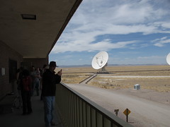 Look, it's Chris, taking a picture of the VLA (netmouse) Tags: vla radiotelescope verylargearray