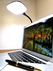 Macbook Air 2013 News May Lumiy LEDs LED Lamp1060803 (stanfordgreentrees) Tags: pro macbook macbookpro macbookair macbookproretina 15inchmacbookproretina