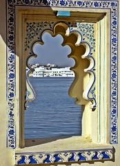 Udaipur - Jag Mandir Blue Window (zorro1945) Tags: blue india window temple asia pattern decoration indie asie hinduism windowframe mandir rajasthan udaipur hindutemple bluewindow jagmandir blueflowers lakepichola