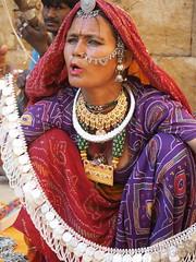 Gypsy life (DarkLantern) Tags: portrait india nose jewelry jewellery nomad gypsy indien jaisalmer rajasthan inde   bopa em10 thardesert facesofindia ethnicgroup  kalbeliya  olympusomd bopawoman rajasthangypsy