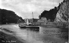 Glen Usk (Boxbrownie3) Tags: riveravon cliftonsuspensionbridge paddlesteamer campbells bristol pa