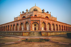 Humayun's Tomb (arshdeepkaur) Tags: india indianarchitecture mughal humayuntomb delhidiaries sodelhi beingdilliwala indiaphotoproject indiapictures indiaphotography photography indianphotography delhi newdelhi lovedelhi lovephotography incredibleindia dfordelhi lovely wideangle canon tamaron indianheritage heritage history mughals happiness architecture historicalsights photojournalism indiaphotojournalism