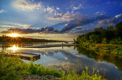 Double star  end of the day (TanzPanorama) Tags: sunset sunstar sunsetlight waterscape river riverside clouds reflections reservoir tanzpanorama sonya7ii ilce7m2 sony fe1635mmf4zaoss sel1635z variotessartfe1635mmf4zaoss travel wisa vistula warsaw poland sandbank rivercrossing jetty pier nature naturereserve karczew gassy