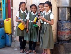 School girls, Old town Mandvi, Gujarat (Sekitar - away) Tags: old school girls india girl smile town group gujarat mandvi earthasia