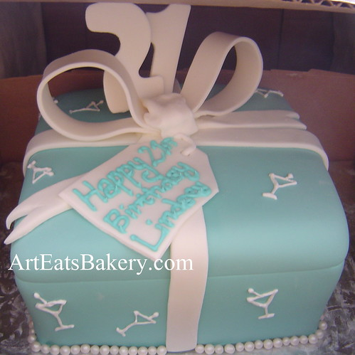 Groovy Tiffany Blue Fondant T Box Custom Unique 21St Birthday Cake Funny Birthday Cards Online Alyptdamsfinfo
