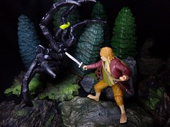 Attercop! (ridureyu1) Tags: toy toys actionfigure sting hobbit tolkien bilbobaggins jrrtolkien giantspider attercop mirkwood toyphotography spiderfight hobbitmovie ettercap thedesolationofsmaug mirkwoodforest sonycybershotsonycybershotdscw690 lazycob lazylog mirkwoodspider bilbovsspider thehobbitthedesolationofsmaug