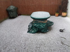 hail in London, end of april, 2013 (MadPole) Tags: london hail diary lifeblog cycle april existence cycles lifelog kwiecie londyn londn biorhythms lifeblogging duben pamitnik gradobicie biorytmy gti9100 samsunggalaxysll egzystencja monotoniazycia monotonyoflife krupobit