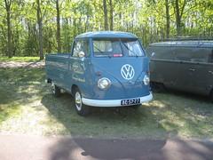"BE-57-77 Volkswagen Transporter enkelcabine 1960 • <a style=""font-size:0.8em;"" href=""http://www.flickr.com/photos/33170035@N02/8692523721/"" target=""_blank"">View on Flickr</a>"