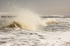 Splash (martinstelbrink) Tags: leica beach strand germany island surf wave insel northsea ostfriesland nordsee welle baltrum niedersachsen lowersaxony brandung eastfrisia leicateleelmar135mmf40 nex7 voigtlndernexvmadapter