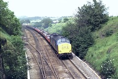 37128 Entering Clay Cross Tunnel (Moving Britain) Tags: class37 claycross 37128