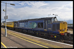 No 37605 & No 37602 21st July 2016 Great Yarmouth (Ian Sharman 1963) Tags: cambridge test tractor train diesel no great 21st engine july rail railway loco trains class locomotive network 37 yarmouth railways services direct 2016 drs 37605 37602