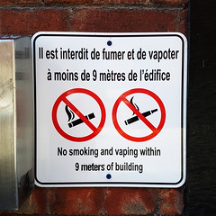 No Vaping Sign (Exile on Ontario St) Tags: vape vaping cigarette tabac warning avertissement signs tobacco smoke smoking montreal quebec ecigarette ecig fumer addiction vapoter vapoteuse qubec sign pancarte affiche signalisation signe panneau dfense dfendu prohibition prohibited forbid forbidden interdit interdiction wall dont square squareformat difice building