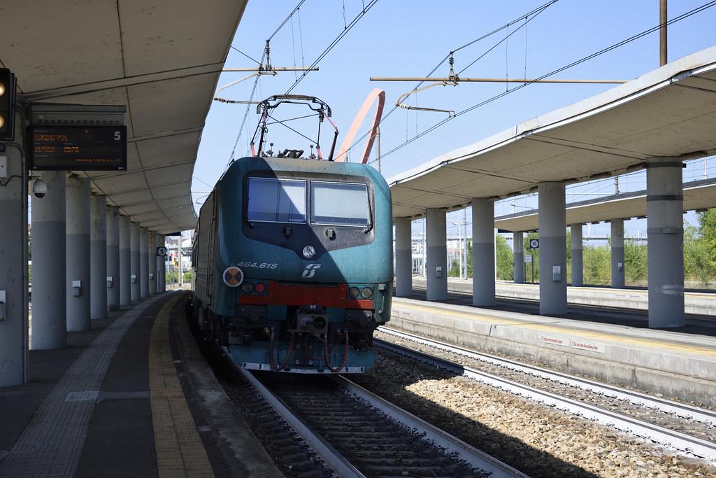 The world 39 s best photos of alessandria and train flickr - Orari treni torino porta nuova genova brignole ...