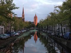 Oude Kerk vanaf het Noordeinde (Gerard Stolk (vers l'Angleterre)) Tags: delft licht vermeer oudekerk noordeinde