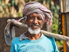 Kolkata - Farmer (sharko333) Tags: travel voyage reise street india indien westbengalen kalkutta kolkata  asia asie asien people portrait man farmer olympus em1