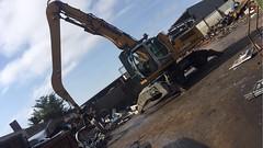 Liebherr 924 Scrap Handler (David Kedens) Tags: heavyequipment scraphandler scrapyard liebherr924 liebherr