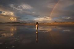 Chantelle......... (T.I.T.A.) Tags: ocaso atardecer reflejos playadelalanzada alanzada chica chantelle puestadesol cielo nubes arcoiris arcodavella rainbow girl rainbowgirl