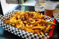 Loaded Fries w/ Mac & Cheese - Burgerz and Dogz (sheryip) Tags: burgerz dogz food foodporn morgantown wv loaded fries bacon mac cheese