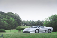 In The Eyes Of The World (AdamC3046) Tags: jaguar xj220 beaulieu supercar showdown supercars car cars 2016