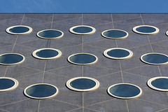 15 round windows (Jan van der Wolf) Tags: map15383v round rond windows ramen wall lines lijnen lijnenspel interplayoflines perspective frogperspective kikvorsperspectief perspectief composition compositie architecture architectuur modernarchitecture rijswijk