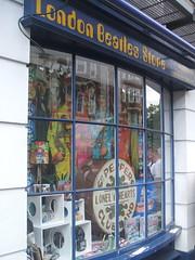 London Beatles Store (D. S. Haas) Tags: halas haas unitedkingdomofgreatbritainandnorthernireland unitedkingdom uk greatbritain england middlesex london londonbeatlesstore thebeatles westminster marylebone