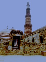 #qutub #minar #historical #place #1200 #AD that is qutub minar we make 7 floor at approx 1200 AD (Vipul Vashisth) Tags: ad historical minar 1200 place qutub