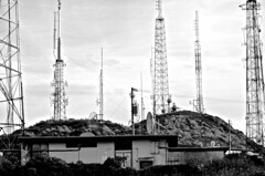 San Bruno Mountain, antennas, (David McSpadden) Tags: antennas sanbrunomountain